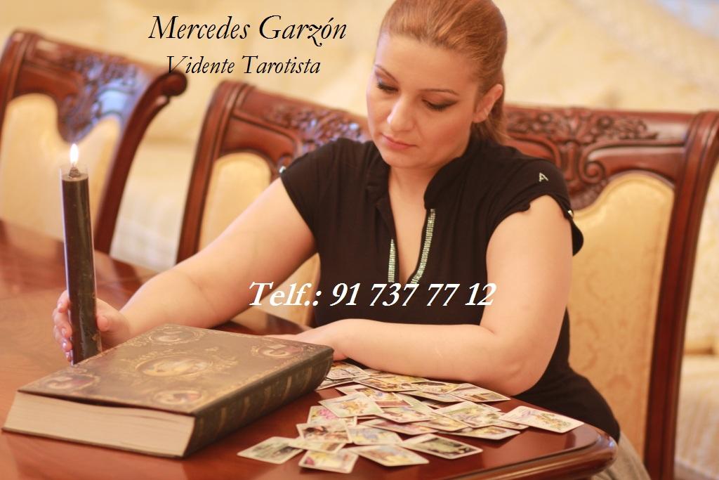 Mercedes Garzón vidente tarotista